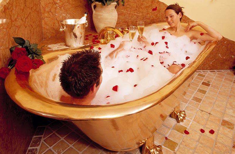 Romantyczna kąpiel we dwoje