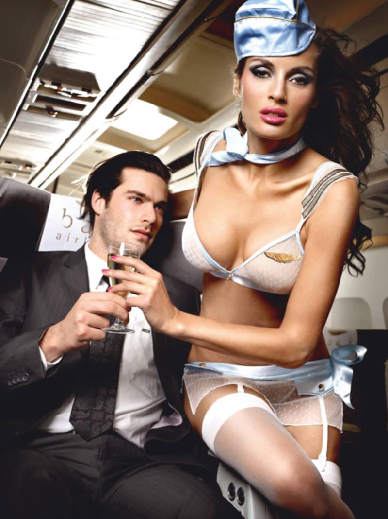 filmy erotyczne stewardessy